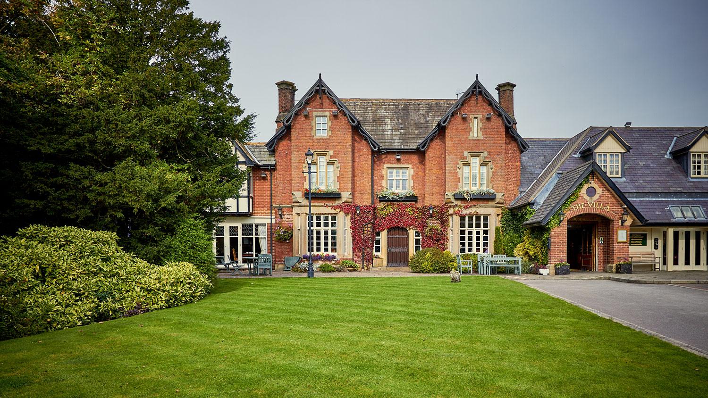 The Villa, Wrea Green Wedding Venue