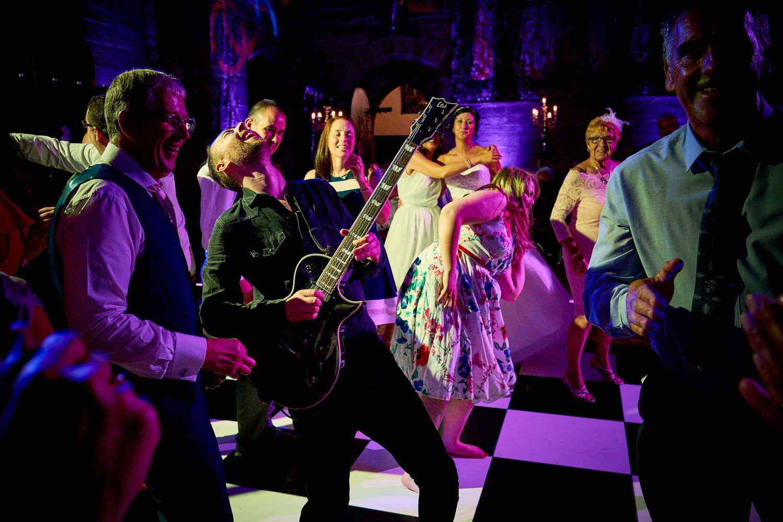 Best-Wedding-Party-Photos_09