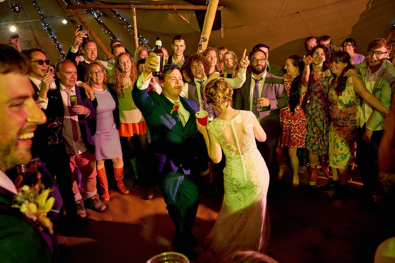 Best-Wedding-Party-Photos_12
