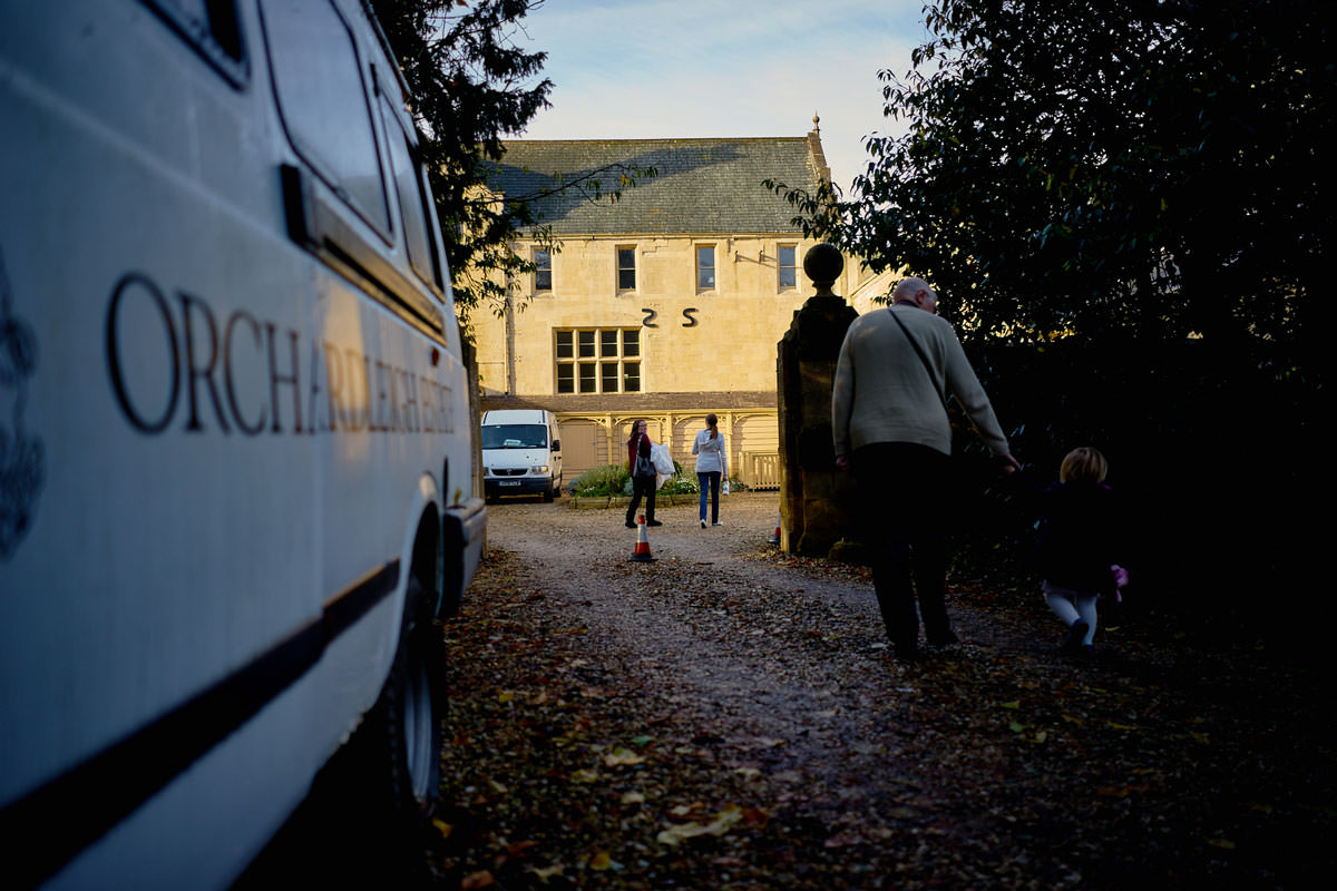 Bride & Family arriving at Orchardleigh House