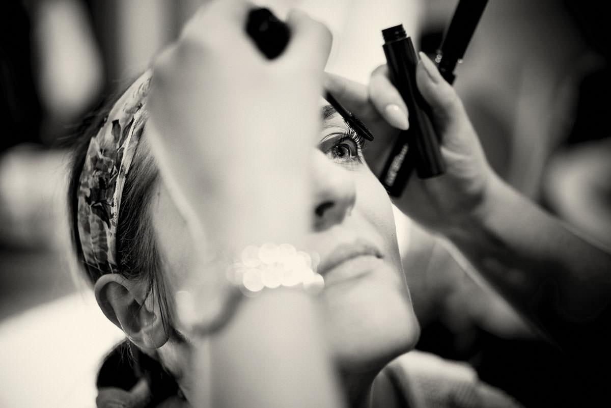 bride having her mascara applied