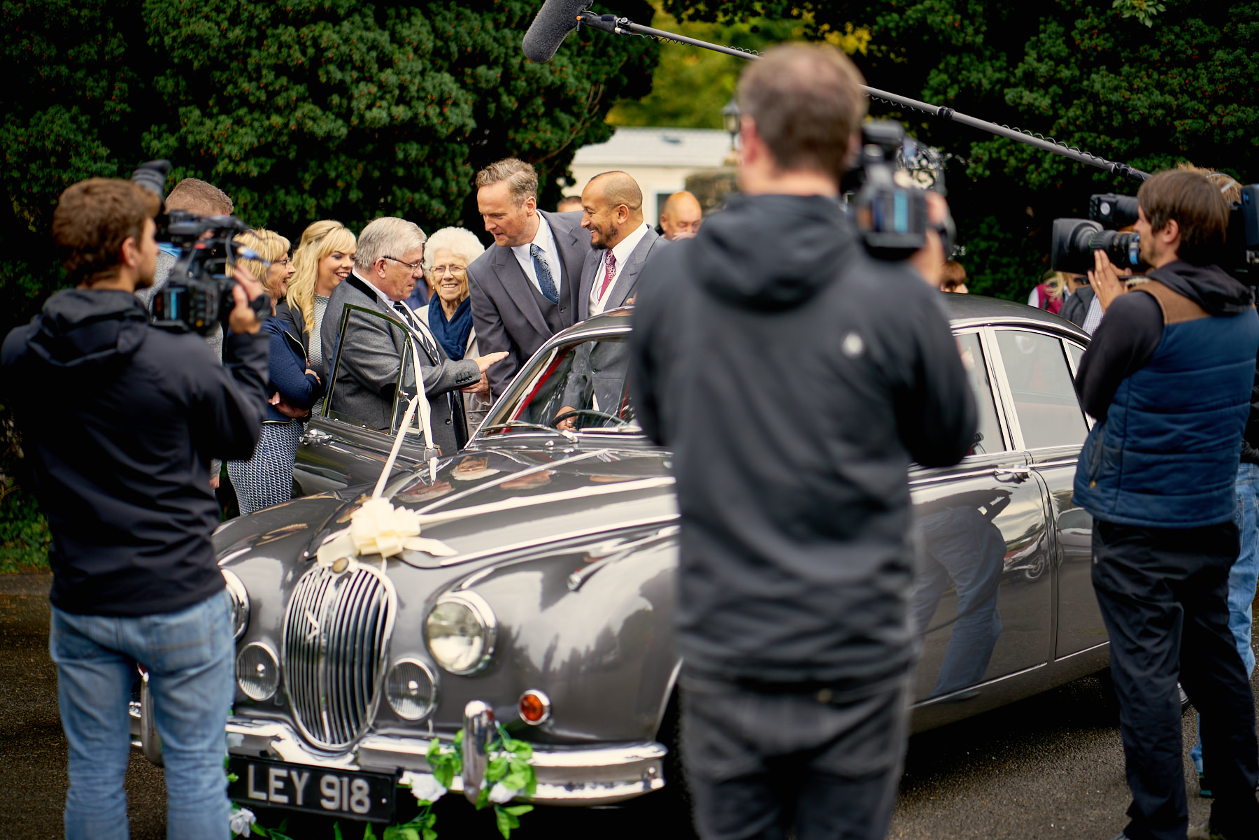 Maenan-Abbey-Wedding-Car-SOS_11