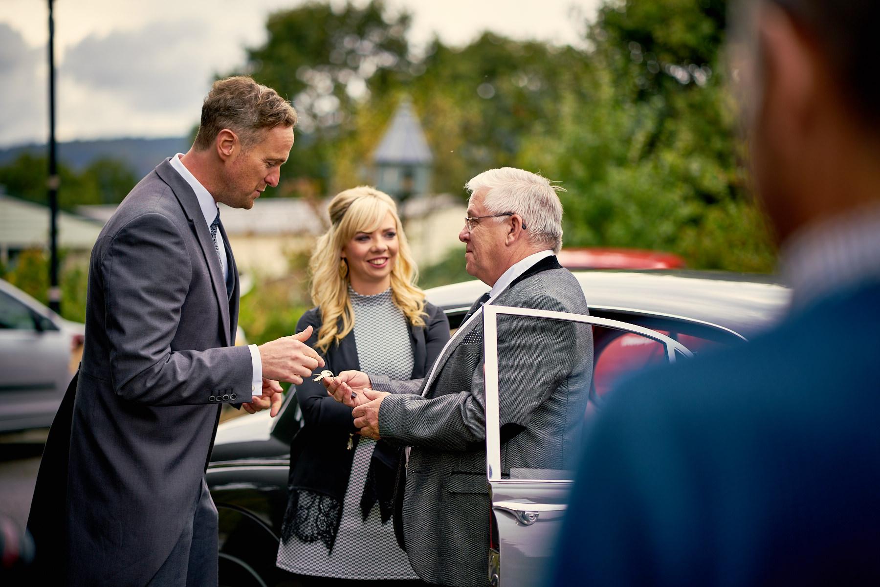 Maenan-Abbey-Wedding-Car-SOS_16