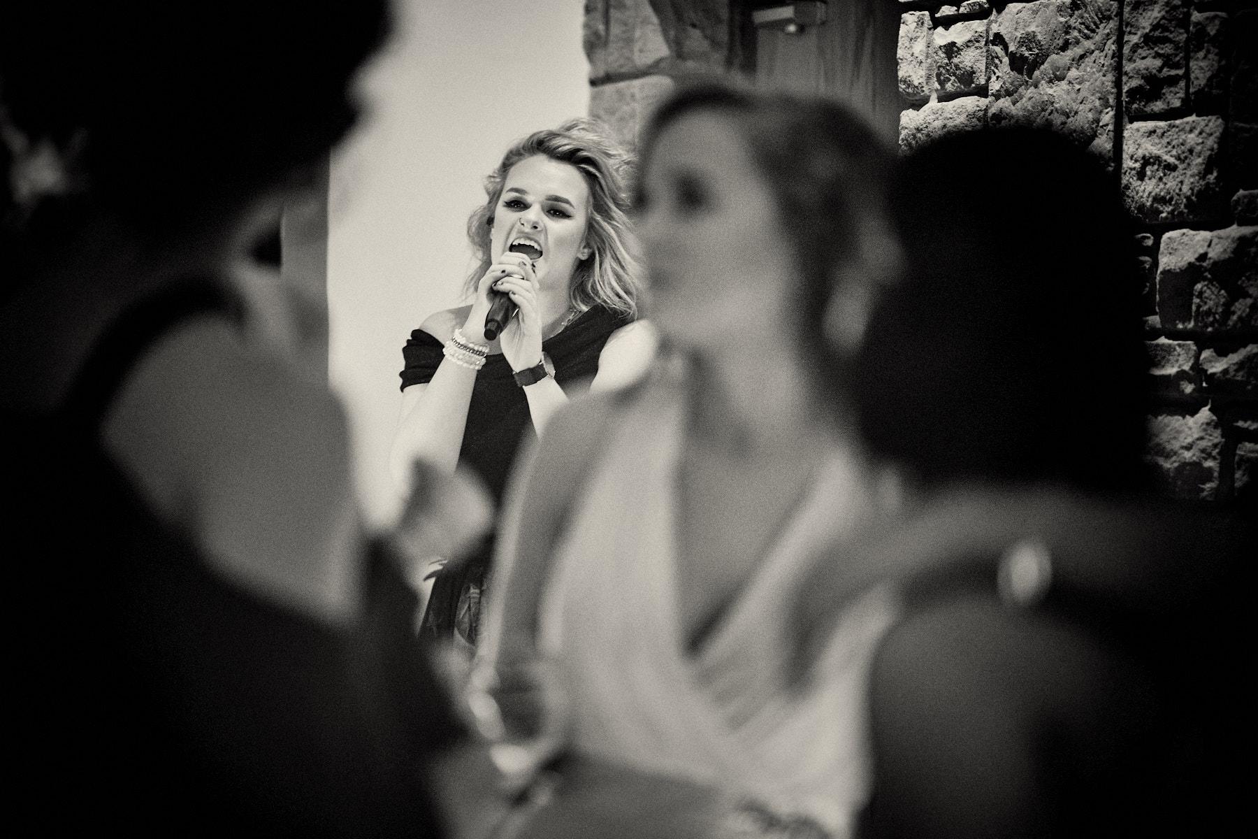 Grace Davies singing live at Lancashire wedding