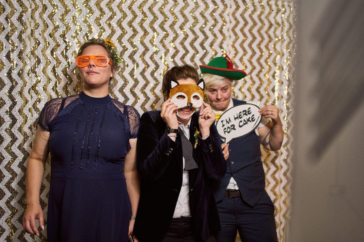 brides & Bridesmaids in photobooth